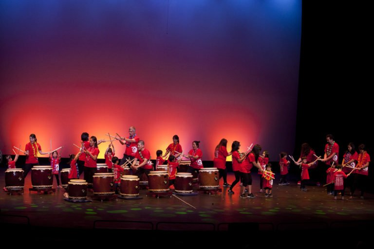 Photo Courtesy: Los Angelos Taiko Institute(5MB, 5343 x 3562 pixels)